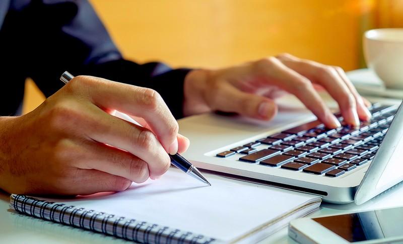 Kumpulan Aplikasi Pembuat CV (Curriculum Vitae) di Android dan Website Terbaik